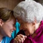 ¿Por qué tienen las mujeres un riesgo más alto de padecer un Alzheimer?